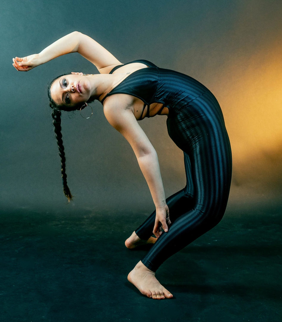 professional Salsa dancer and Flexibility trainer certified by Gamish studio in Tel Aviv.